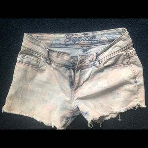 """Delia's """"Taylor"""" short, faded floral pattern"""